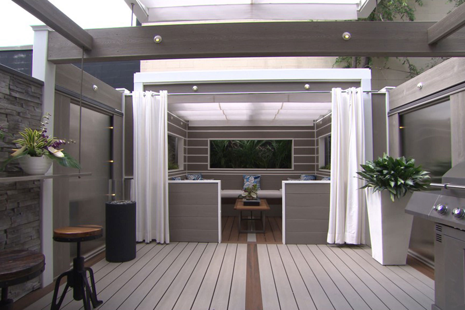 Double Motorized Canopies on HGTV's Decked Out