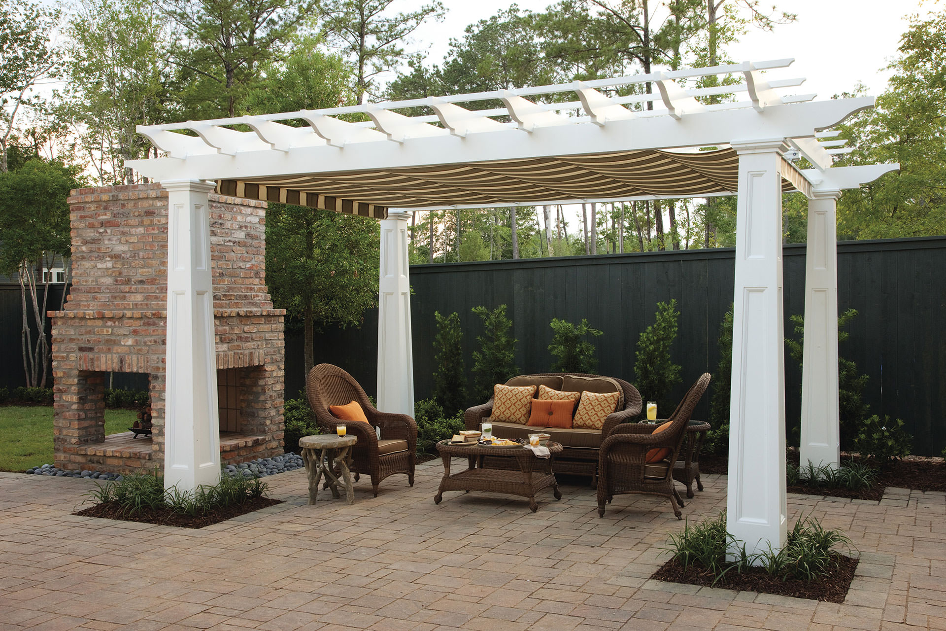 Pergola Canopy In Southern Living Idea House Shadefx