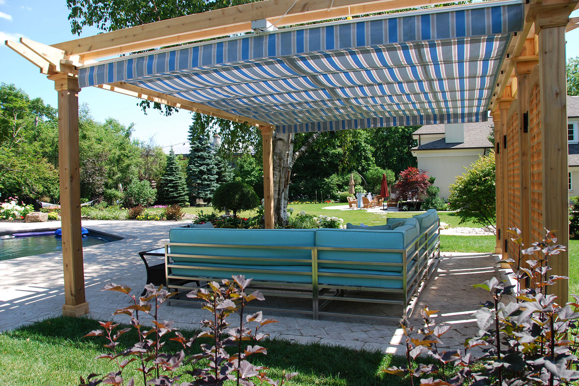 Retractable Pergola Canopy in Oakville | ShadeFX Canopies - Pergola Sliding Shade