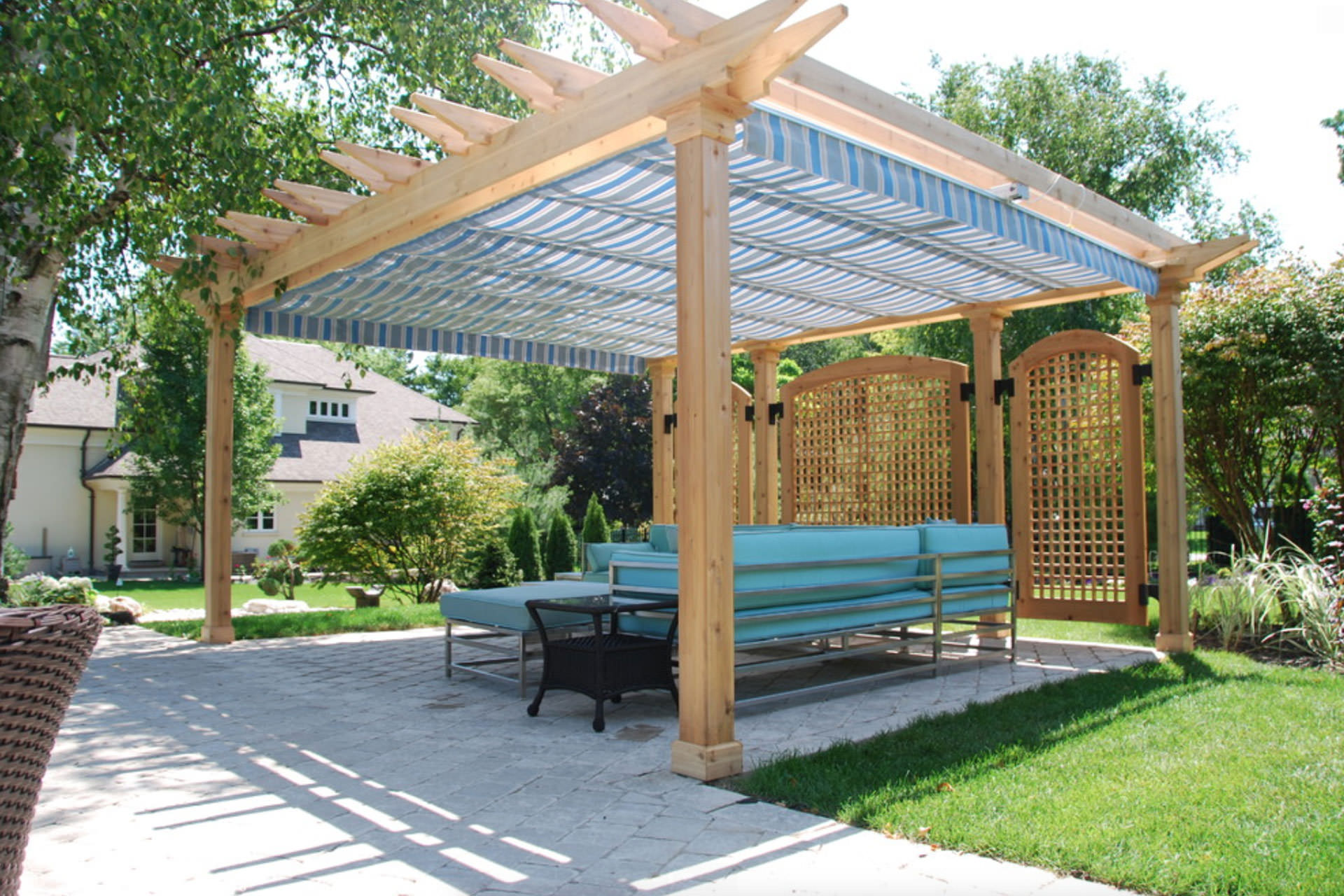 Charming Pergola with Retractable Shade