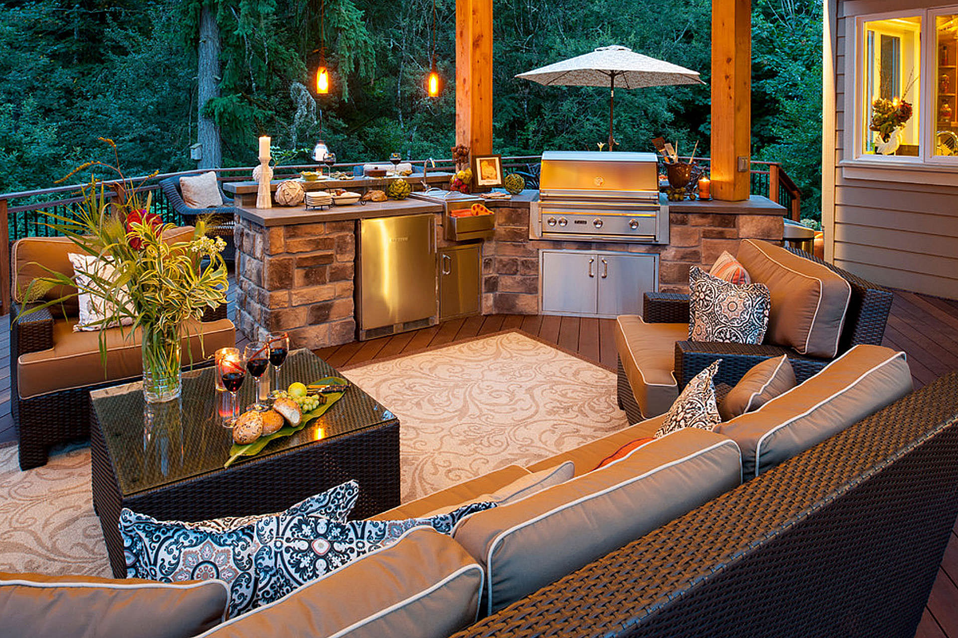 Outdoor Kitchen Furnishing
