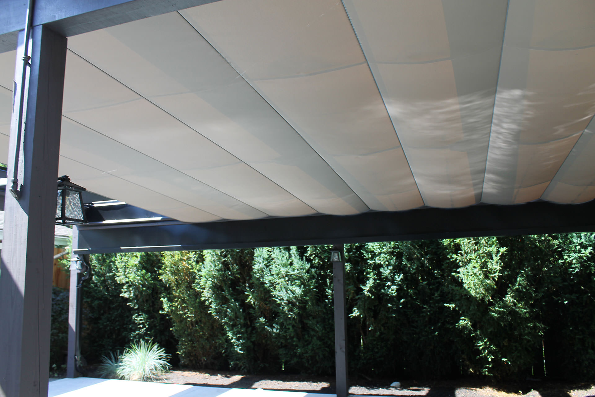 Retractable pool cover vancouver shadefx canopies for Retractable pool enclosures canada