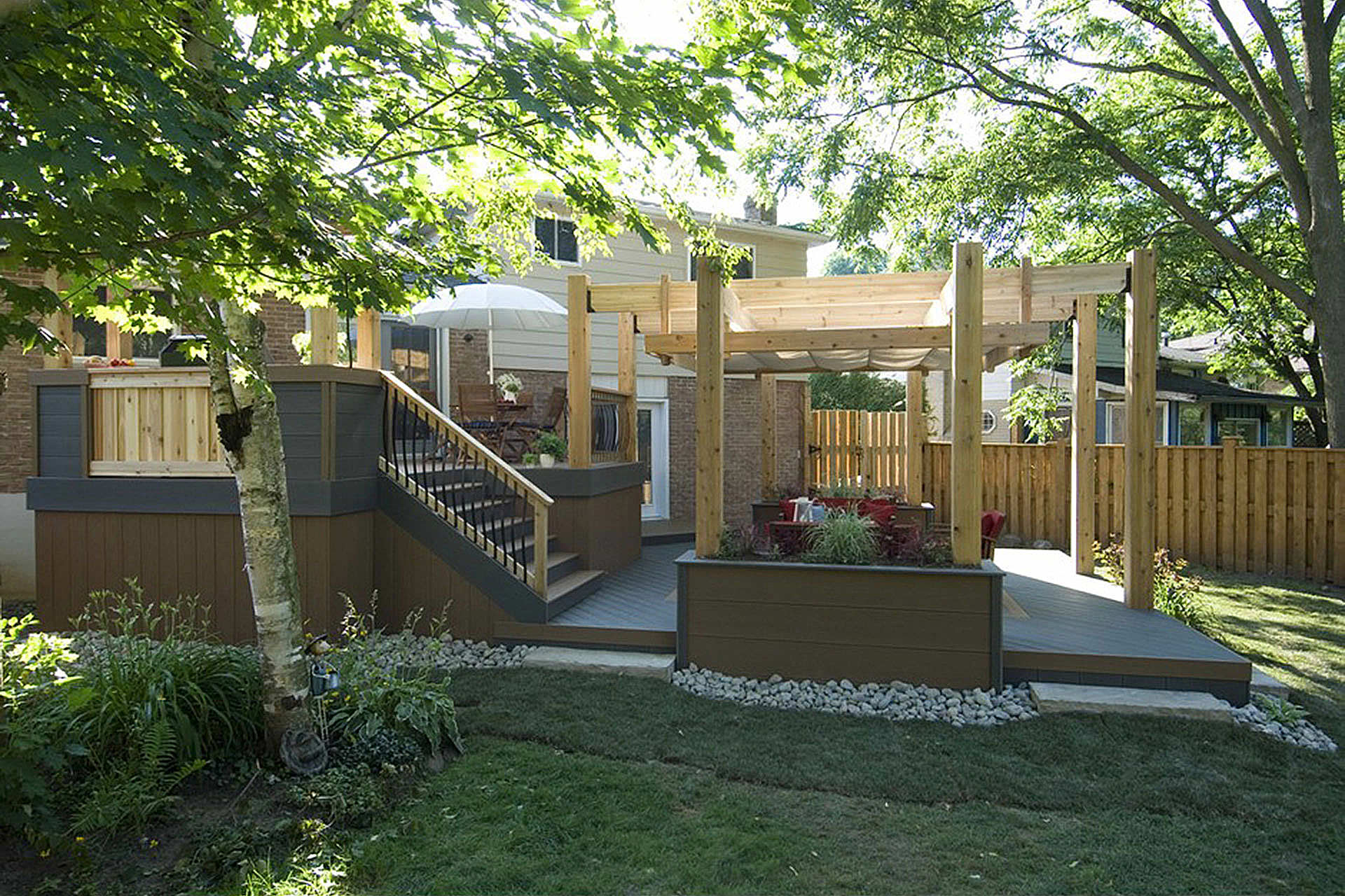 3 Ways to Add Privacy to Your Outdoor Space