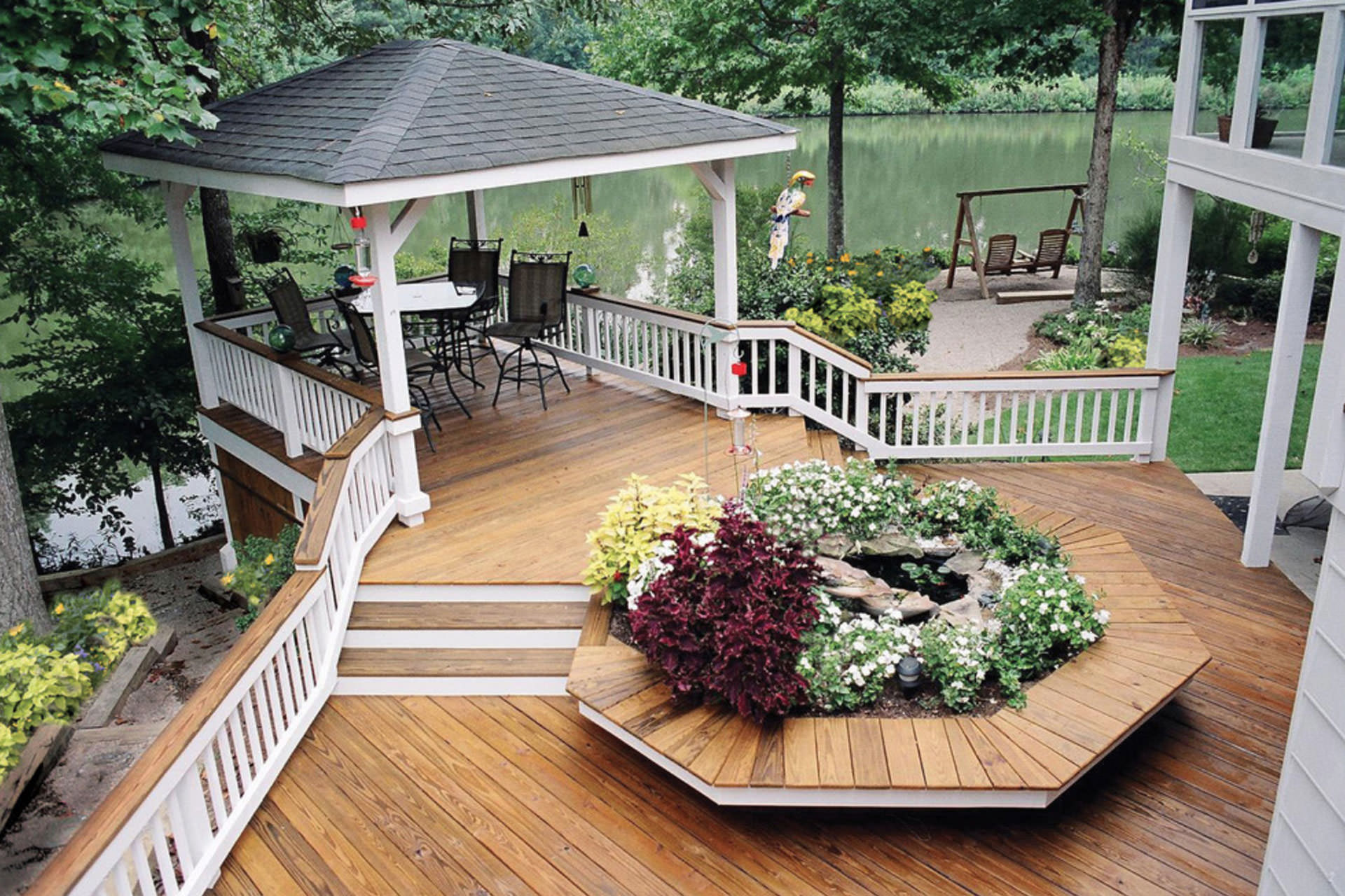 Wood composite or pvc a guide to choosing deck materials for Cost of composite decking vs pressure treated