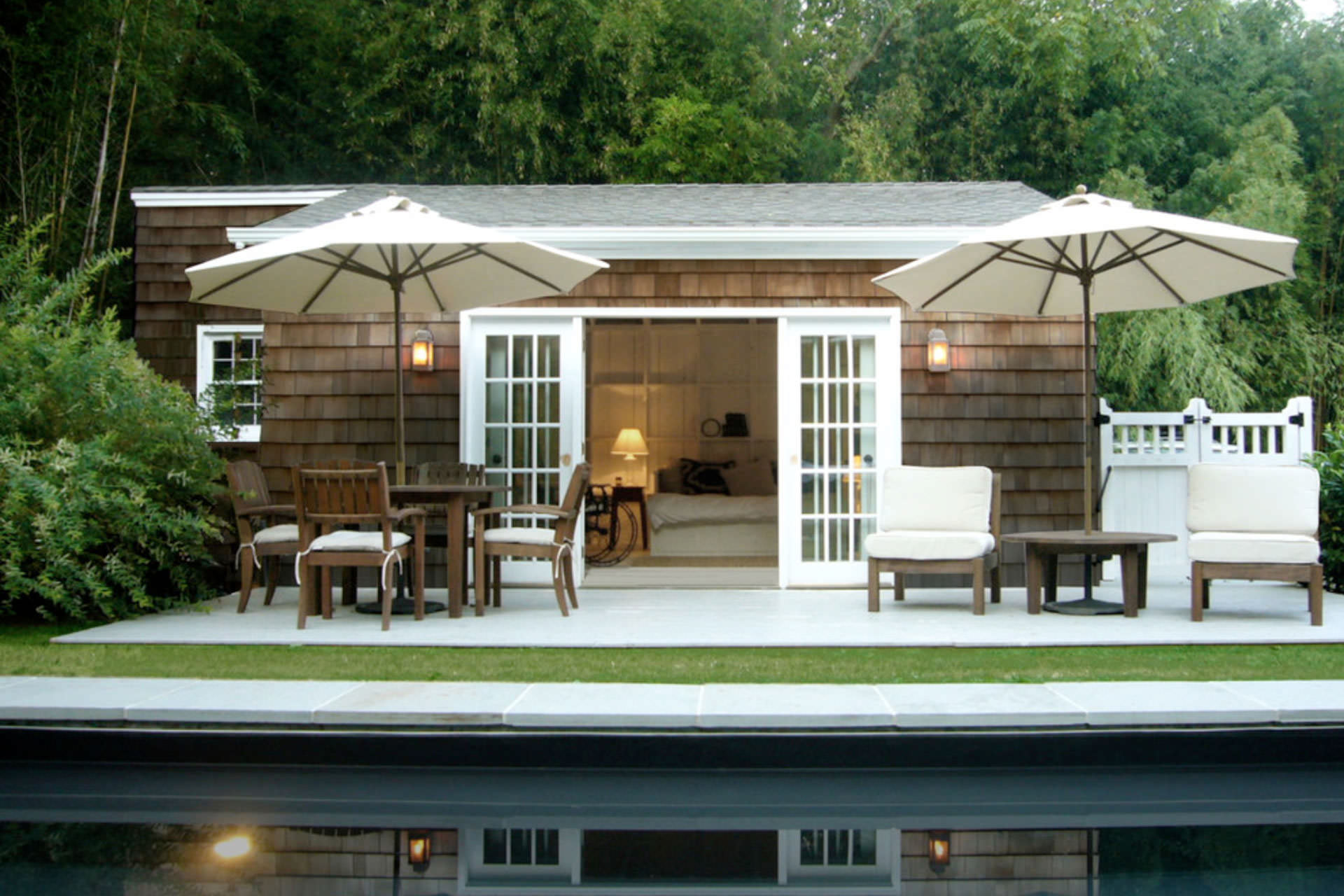 Keep cool with these five patio shade ideas shadefx canopies for Small patio shade ideas