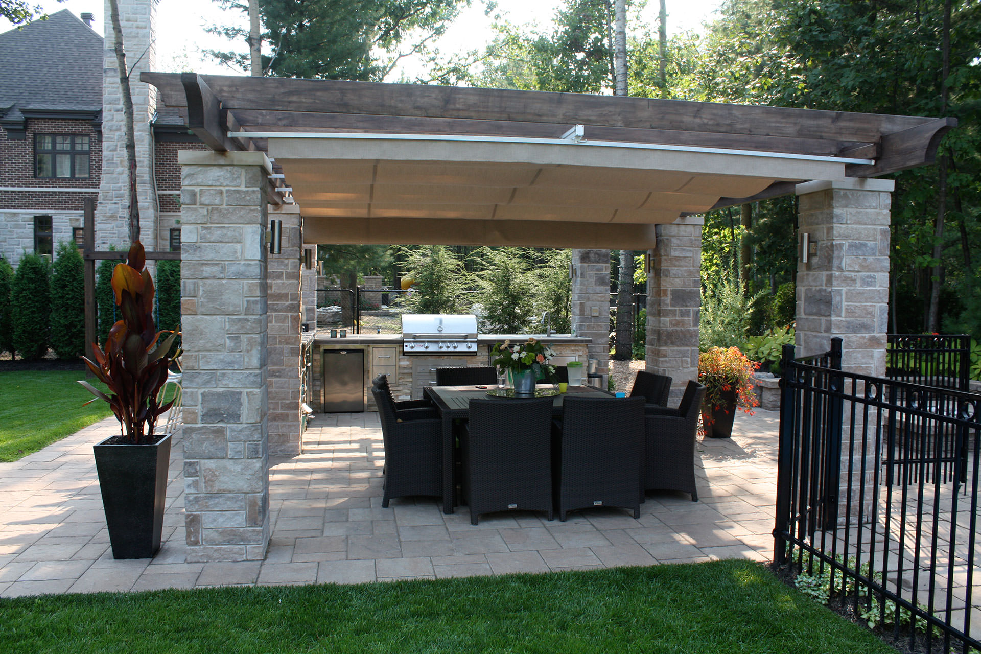 retractable outdoor kitchen cover in terrebonne shadefx canopies