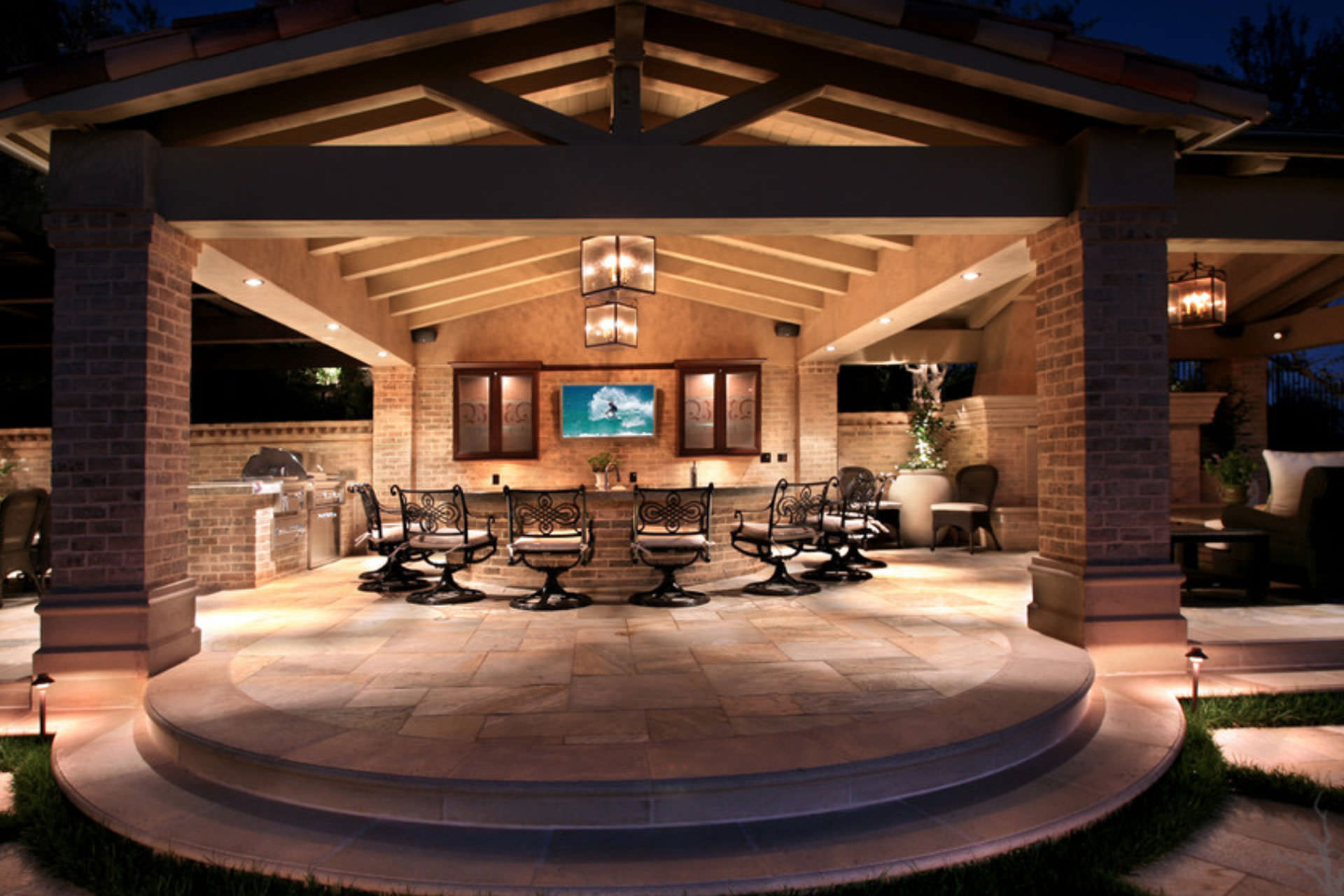 Creating a focal point in your outdoor space for Backyard entertainment ideas