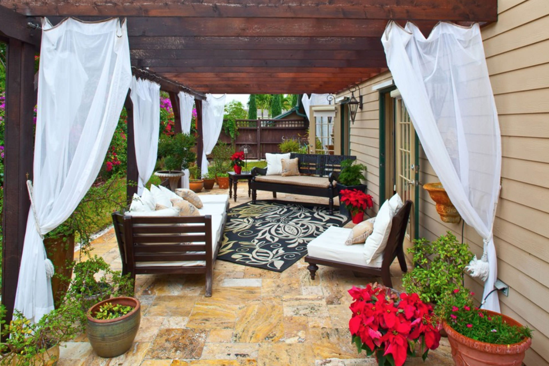 curtain call the guide to pergola curtains. Black Bedroom Furniture Sets. Home Design Ideas