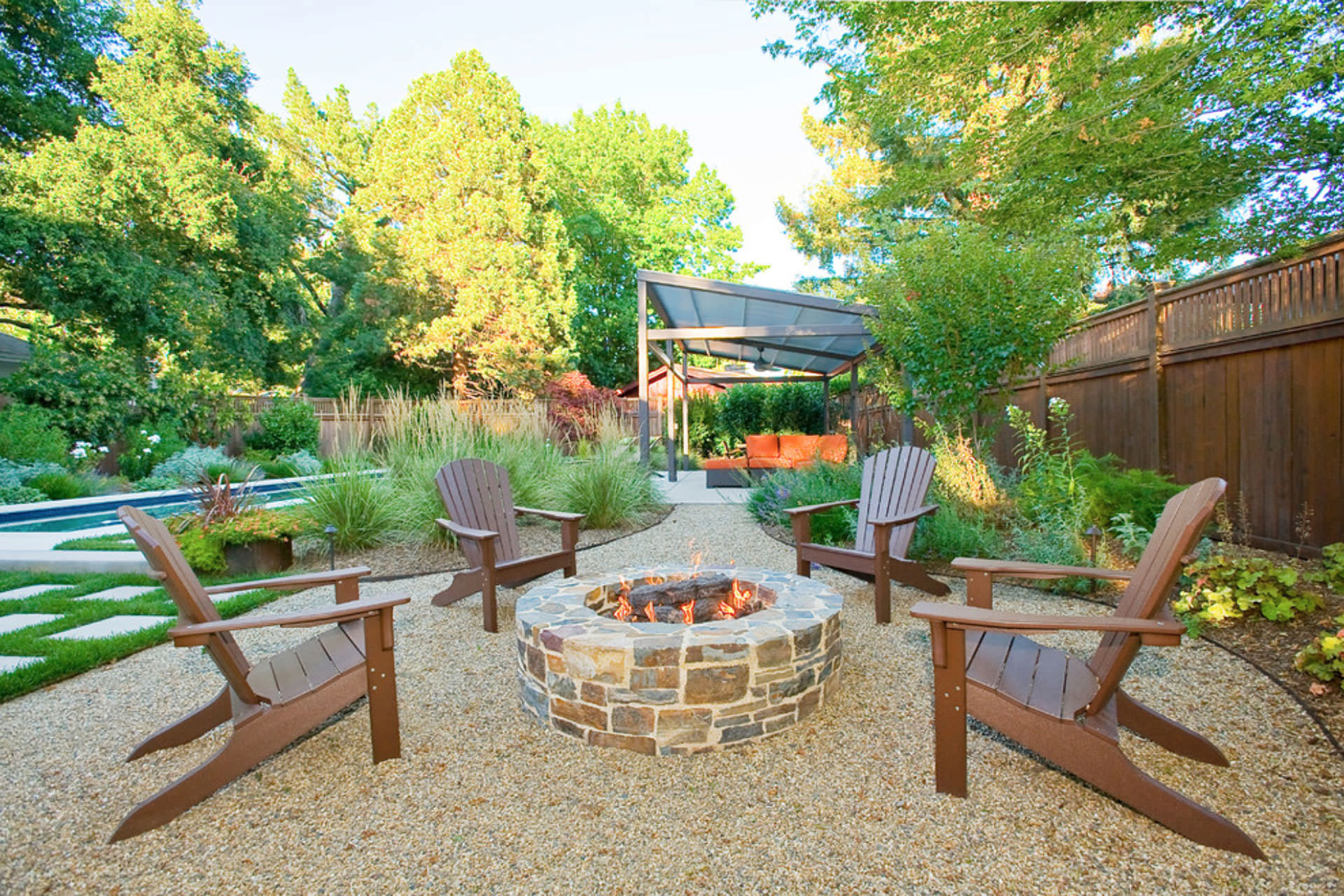 Outdoor patio ideas on pinterest pea gravel patio pea for Outside landscape design