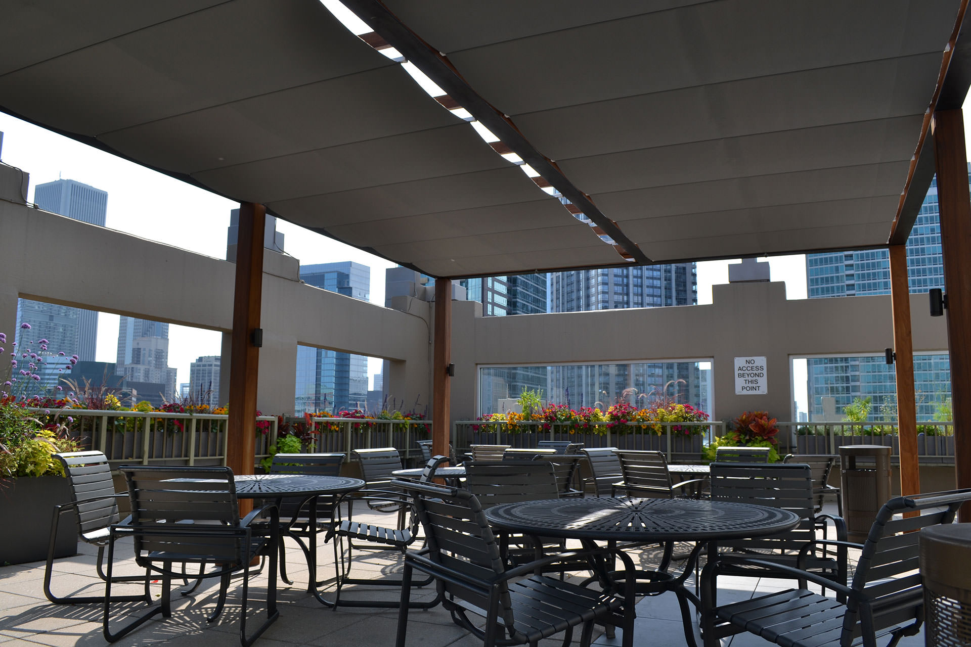 Chicago Roof Deck Turns To Shadefx For Shade And Privacy Solutions On Rooftop Patio