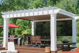 expansive retractable shade