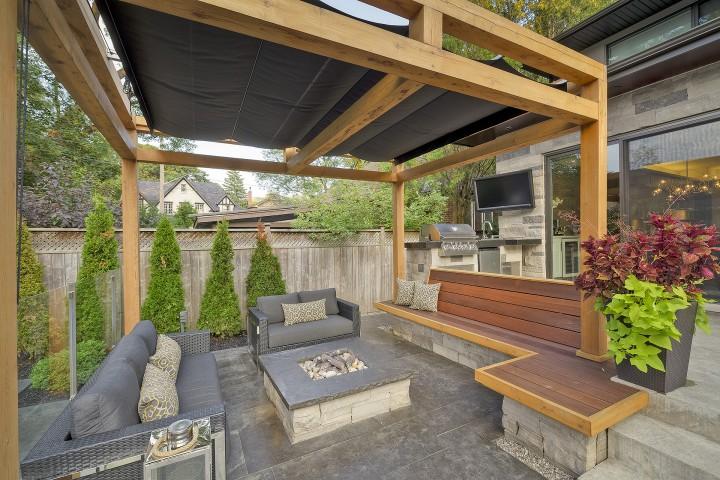 Retractable Canopies
