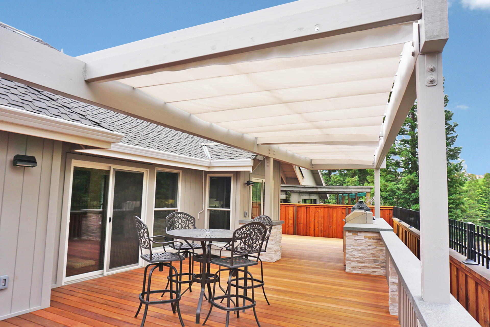 Retractable Shades Customized to Fit Irregular Pergolas ...